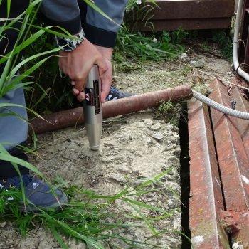 Измерение прочности бетона в ходе обследования объекта